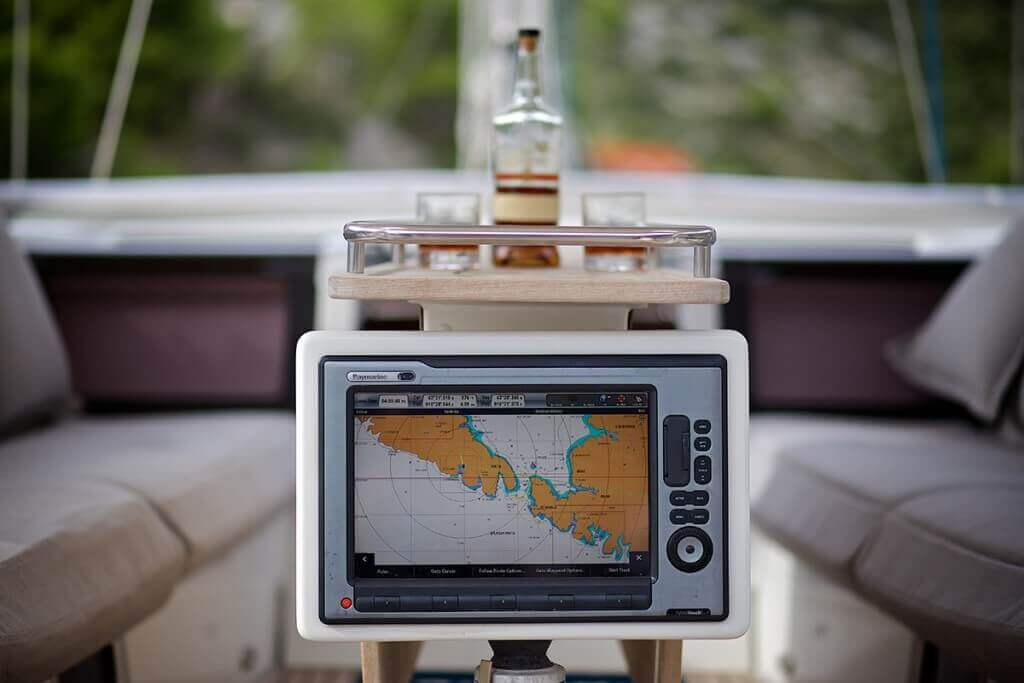 yacht computer