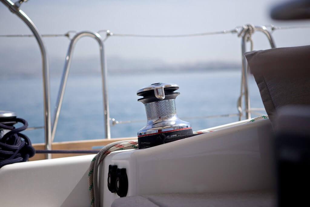 navijak na jachte Beneteau Oceanis 58