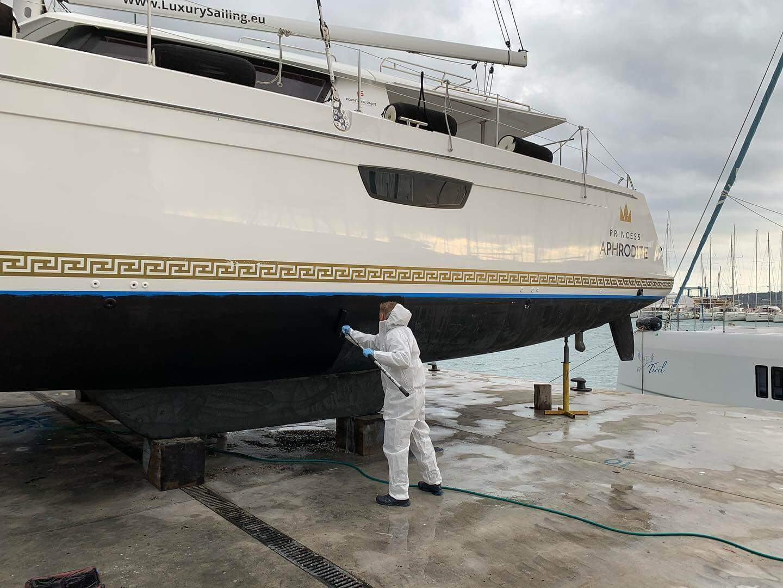 pravidelná údržba jachty pred sezónou